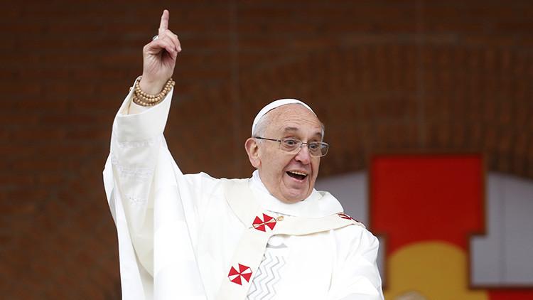 España: Un concejal imputado por un cartel de carnaval con un dibujo de un Papa borracho