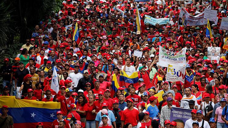 Caracas en disputa: Chavismo y oposición miden fuerzas