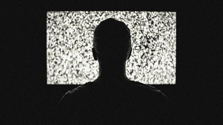 La CIA y el FBI buscan a un traidor que filtró datos clasificados sobre su 'hackeo' a WikiLeaks
