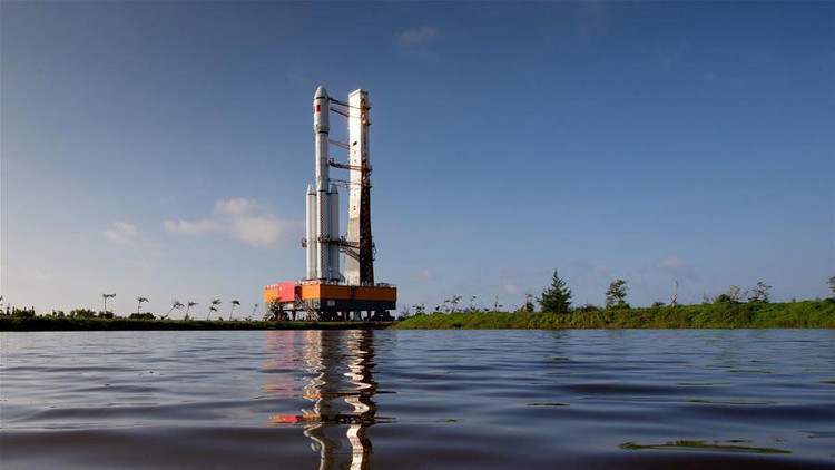 China lanza la Tianzhou 1, su primera nave espacial de carga