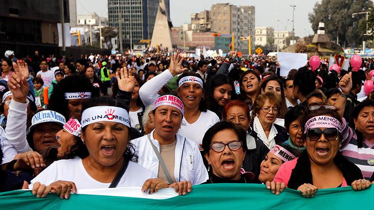 Una mujer es lesionada o asesinada cada día en Perú