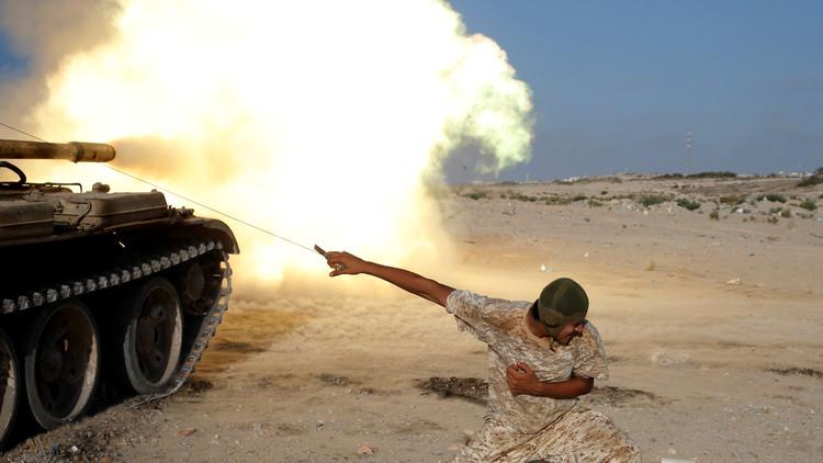"""El primer ministro de Libia pide una """"intervención urgente"""" de la comunidad internacional"""