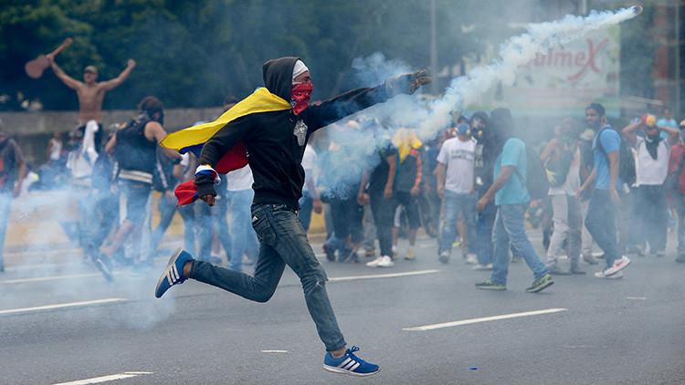 """Venezuela: """"Estamos en pleno desarrollo de un golpe de Estado"""""""