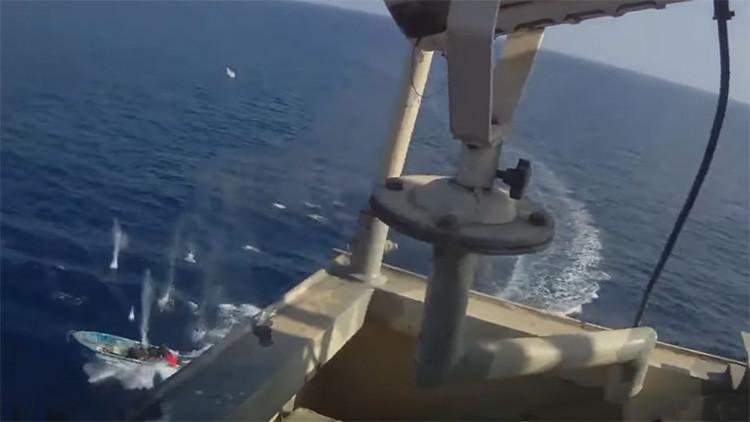 VIDEO: Mortal batalla entre piratas somalíes y guardias privados de seguridad