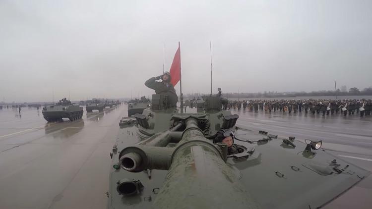 VIDEO: Así prepara Rusia sus vehículos de combate para el desfile del Día de la Victoria