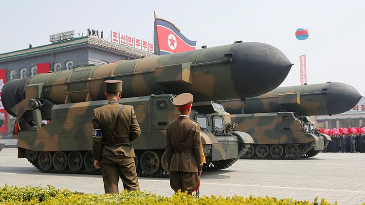 ¿Hasta dónde llegarían los nuevos misiles intercontinentales con ojivas nucleares de Pionyang?