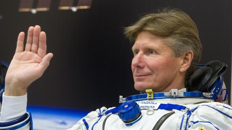 Anuncia su retiro el hombre que ostenta el récord de permanencia en el espacio