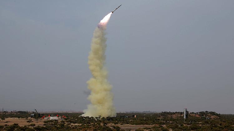 Expertos: Corea del Norte no tiene capacidad para derribar los misiles de EE.UU. y Corea del Sur
