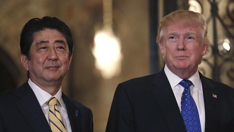"""Abe y Trump acuerdan cooperar para impedir """"peligrosas acciones provocativas"""" de Pionyang"""
