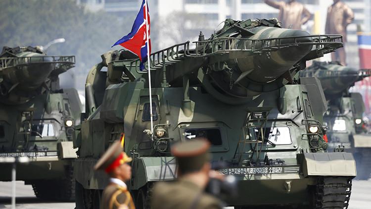 """Corea del Norte: """"EE.UU. cometerá un error fatal si trata de intimidarnos con su portaaviones"""""""