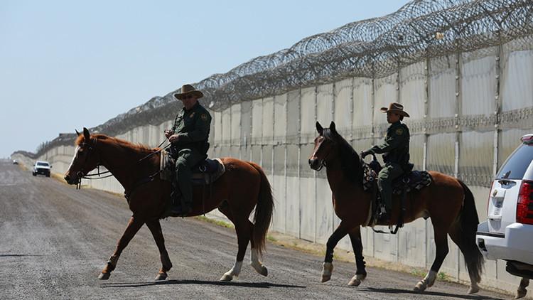 """Trump: """"El muro fronterizo con México protegerá a los jóvenes de EE.UU. del veneno de la droga"""""""