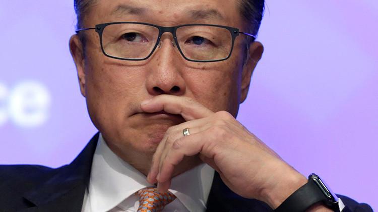 """Presidente del Banco Mundial avisa que muchos trabajos desaparecerán: """"Necesitamos cambiar rápido"""""""