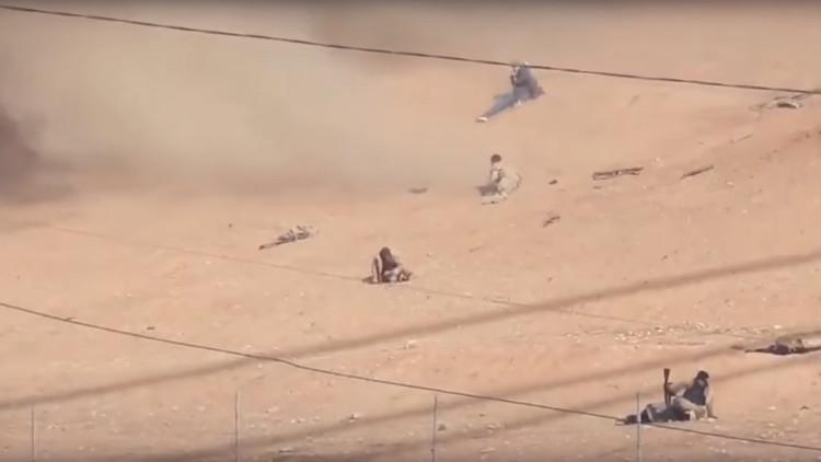 Terroristas del Estado Islámico graban cómo son alcanzados por un bombardero B-52 (video)