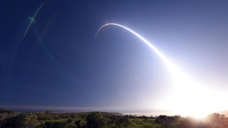 El Pentágono lanza un misil intercontinental: ¿Corea del Norte no puede, pero EE.UU. sí?