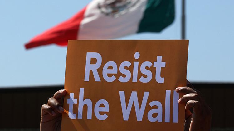 """México: """"El muro fronterizo es un acto hostil, una mala idea y un desperdicio de recursos"""""""