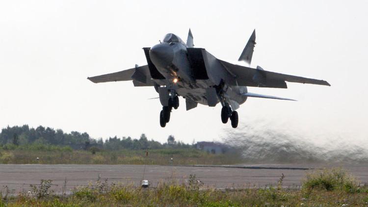 Rusia entrena a sus cazas interceptores MiG-31 para derribar misiles de crucero