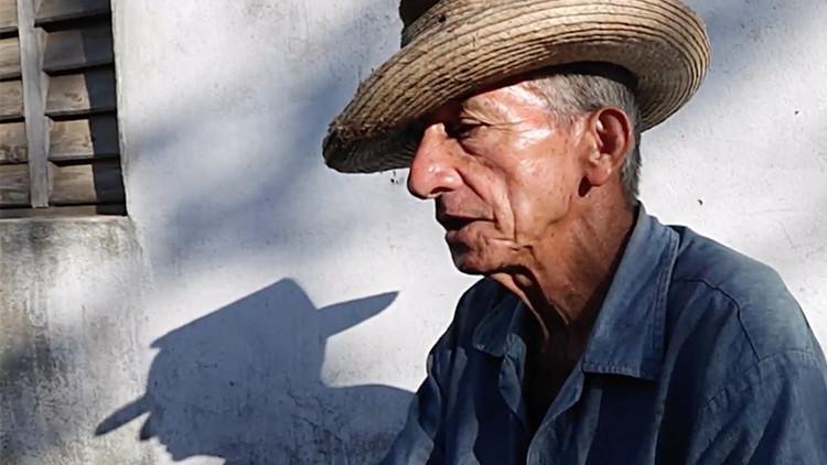 Conozca al cubano que trata los dolores con picaduras de alacrán (VIDEO)