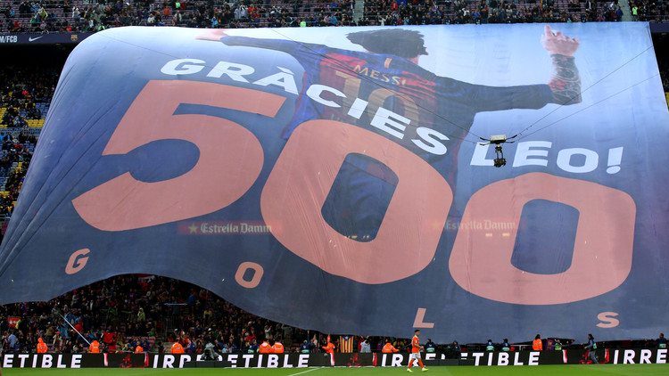 El Barcelona celebra los 500 tantos de Messi con una goleada al Osasuna