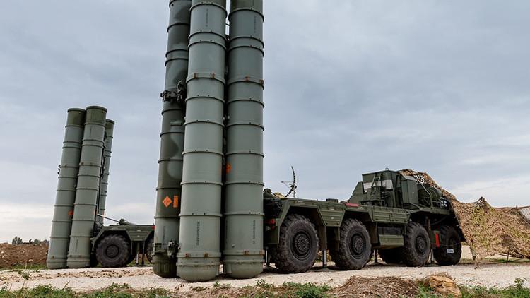 Rusia comienza la entrega de los sistemas antiaéreos S-400 a China