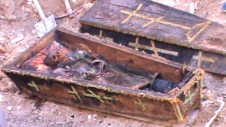 Video: Hallan antiguo ataúd con restos de un oficial ruso en Turquía