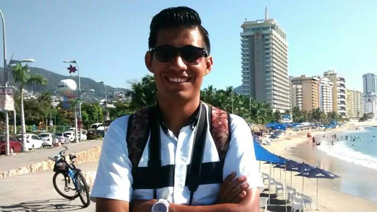 Un periodista mexicano huye de su país y vive un infierno tras pedir asilo en EE.UU.