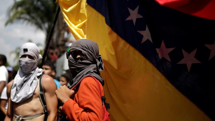 """""""En Venezuela la oposición hace ver a Caín como si fuera Abel"""""""