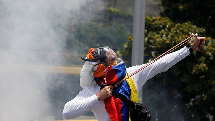 Negocios son negocios: La lucrativa empresa de ser oposición en Venezuela