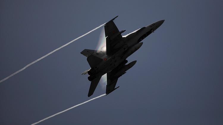 España despliega cazas F-18 cerca de la frontera con Rusia (Video)