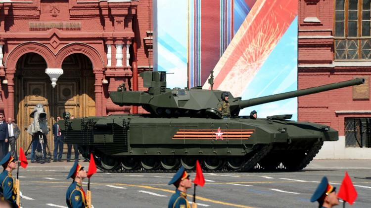 El tanque Armata T-14 puede ser transformado en un robot de combate