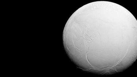 Encélado, la sexta luna más grande de Saturno