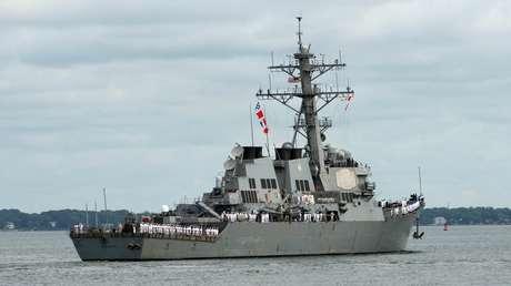 El destructor USS Mahan (DDG 72)