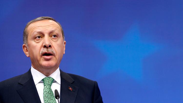 """Erdogan: """"No somos esclavos, diremos 'adiós' a la UE si no se dan nuevos pasos"""""""