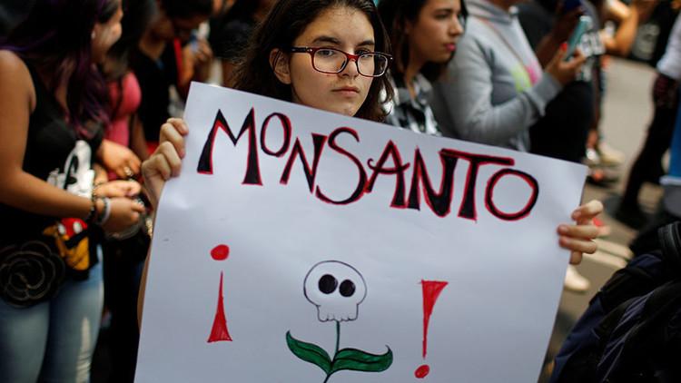 Monsanto, acusada de pagar un 'ejército de troles' para silenciar comentarios negativos en la Red