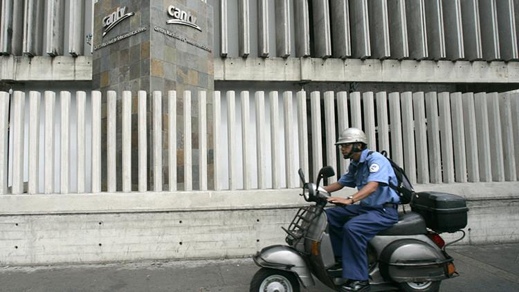Caracas: Grupos violentos intentan incendiar una central de la empresa telefónica estatal