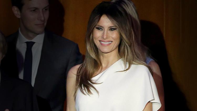 Foto, video: Esta es la doble de Melania Trump que gana 3.000 dólares por imitar a la primera dama