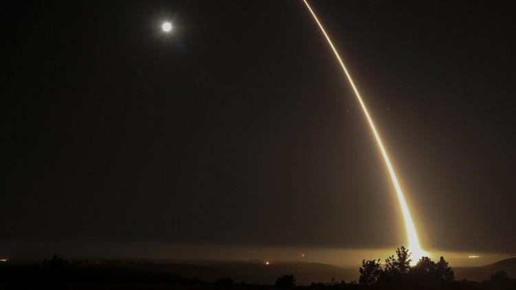 VIDEO: EE.UU. lanza un misil balístico intercontinental