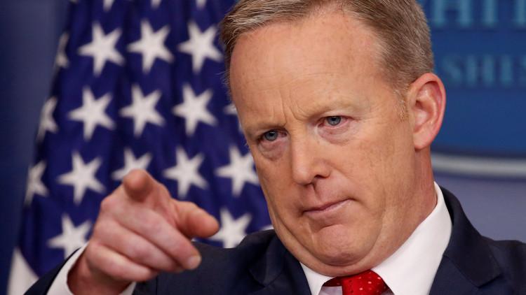 La Casa Blanca contradice las declaraciones del FBI sobre la supuesta amenaza que respresenta Rusia