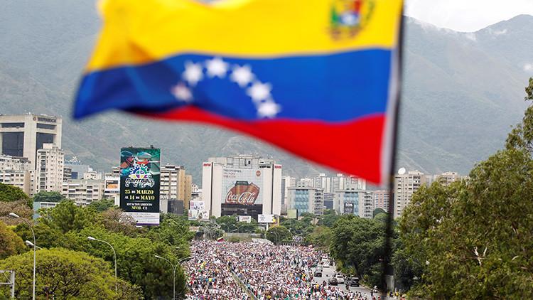 ¿Es la Constituyente un golpe de Estado o la única salida pacífica a la situación en Venezuela?