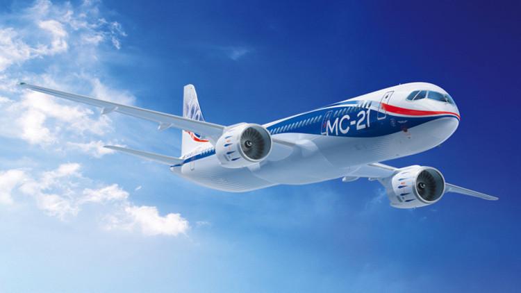 Todo listo para el primer vuelo del avión ruso que competirá contra Boeing y Airbus
