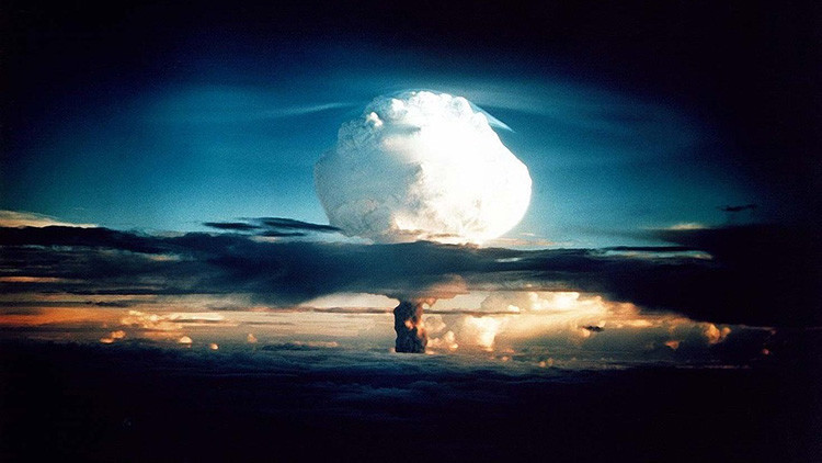 """""""En un enfrentamiento nuclear moriremos todos salvo el Gobierno de EE.UU."""""""