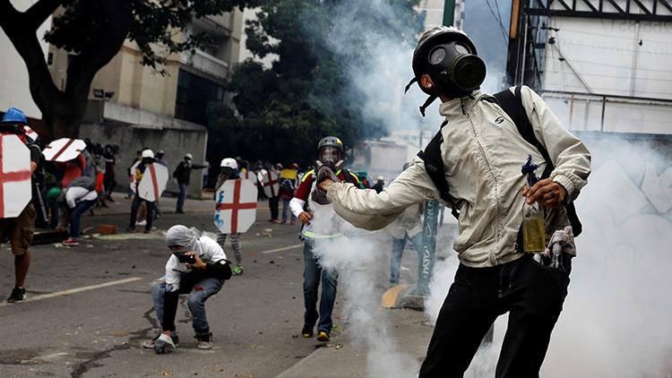 """Ministro de Interior de Venezuela denuncia actuación """"terrorista"""" de la oposición (FOTO, VIDEOS)"""