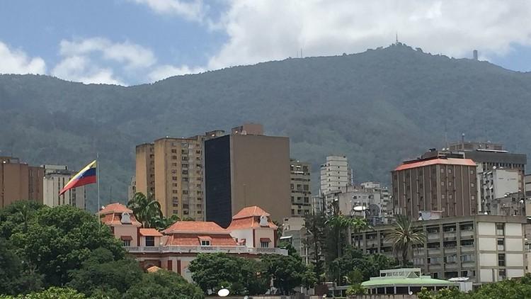 Comisión Constituyente venezolana invita a coalición opositora a una reunión en palacio presidencial