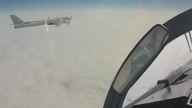 VIDEO: Rusia publica imágenes de sus aviones de combate volando cerca de Alaska