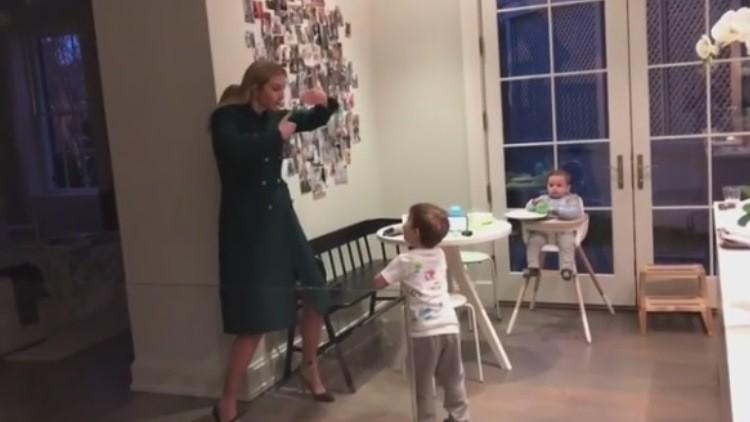 Un video de Ivanka Trump bailando con sus hijos incendia la Red