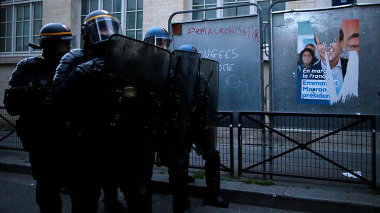 París: La Policía usa gas lacrimógeno contra los manifestantes tras las presidenciales (VIDEOS)