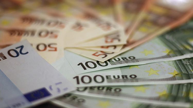 El euro se recupera tras la victoria de Macron en Francia y luego retrocede
