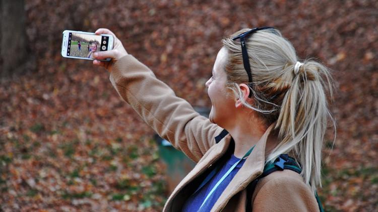 'Selfie decks': Conozca los métodos extremos para ser más popular en las redes sociales