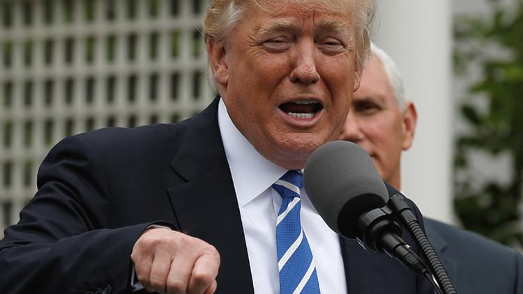 """El exdirector del FBI llamó """"loco"""" a Trump antes de que este lo despidiera"""