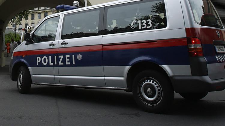 Toman como rehén a una persona durante el asalto a un banco en Austria