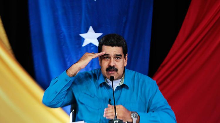 """Maduro: La oposición lanza a la Policía """"excrementos que sacan de sus cerebros"""""""